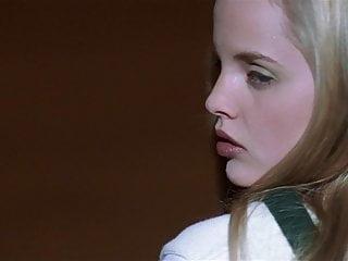 Mena Suvari - ''American Beauty'' 01