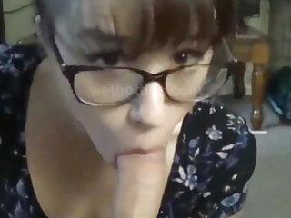 nice nerd girl knows how to suck big cocks